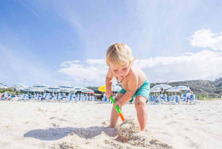 villaggio con spiaggia privata zambrone tropea